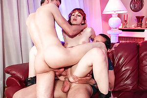 AmateurEuro Threeway Hardcore DP Fuck-a-thon Fun With French Newbie