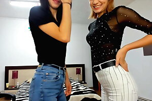 Melisa and her girl friend on cam